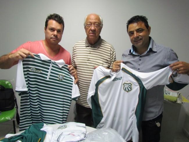 a15d8b6e9 O presidente Antônio Bento Gonçalves se mostrou satisfeito com a linha de  produtos apresentada pela Duson